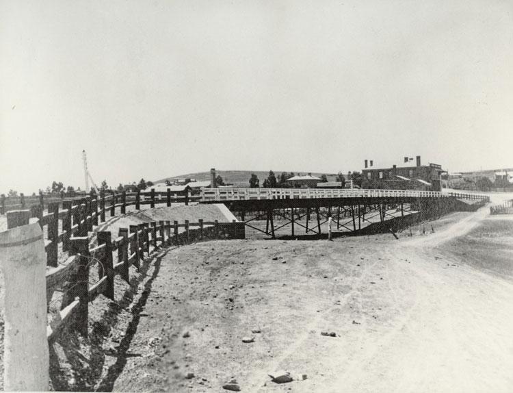 oliphant steel bridge